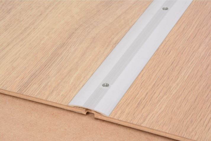 Smooth Floor Cover Strip Silver 900mm