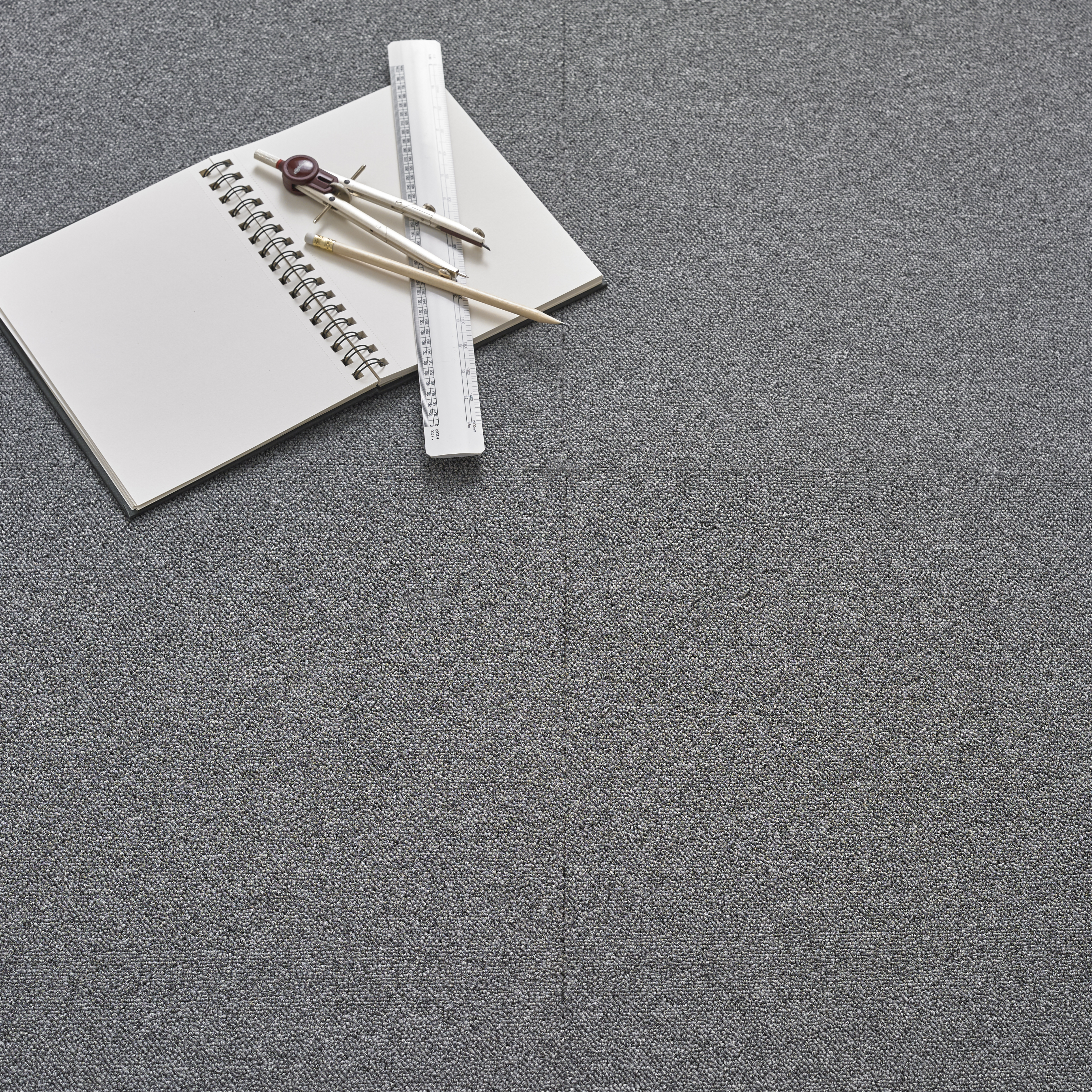 Value Carpet Tile - Grey